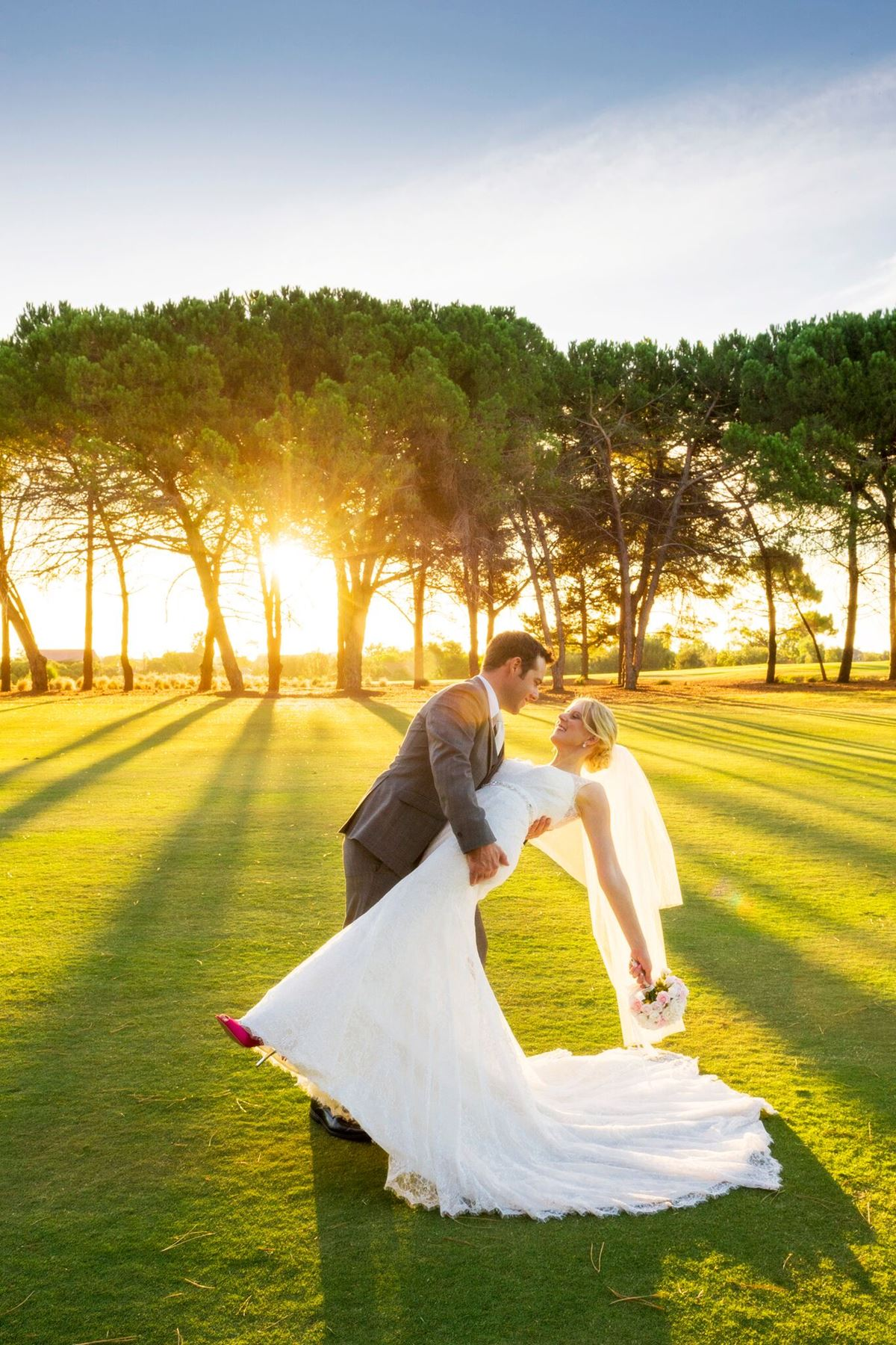 Start planning the wedding of your dreams